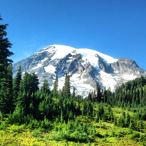 2013-09-12 - Mount Rainier from the Paradise Visitors Center